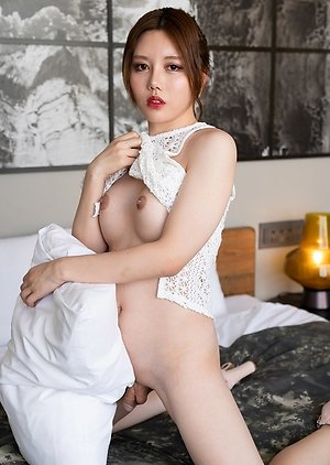 Free Ladyboy Ass Pics