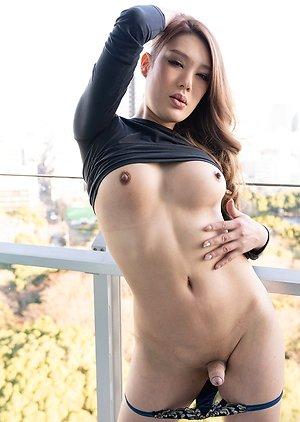Free Ladyboy Japanese Pics